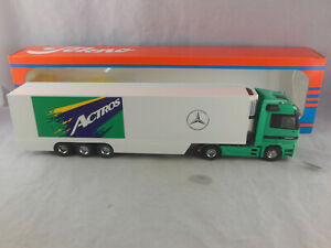 Tekno  Mercedes Benz Actros with Fridge Trailer Launch Version 1:50 Scale