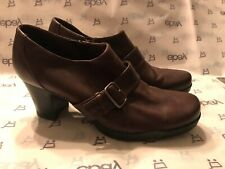 Clarks 79739 9M Brown Leather Ankle Boots, Heels, Zipper & Buckle *NEW*