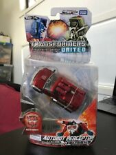 Takara Tomy Transformers United Un-15 Deluxe Class Autobot Perceptor