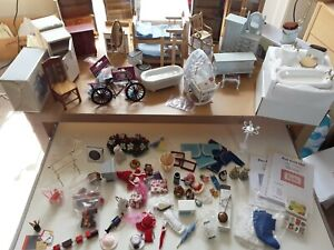 Job lot of Dollhouse Furniture and Miniatures