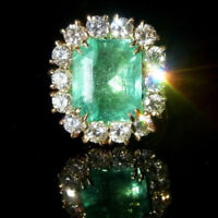 5.2ct Green Colombian Emerald, VS / H Platinum Rose Yellow White Gold 14k or 18k