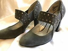 New Direction 10 Gray Suede Studded Heels Sexy EXCELLENT