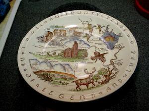 """Vernon Kilns Llano County Texas 10 1/2"""" Plate"""