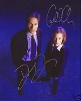 X-FILES - DAVID DUCHOVNY & GILLIAN ANDERSON AUTOGRAPH SIGNED PP PHOTO POSTER