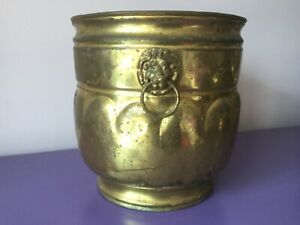 Large Vintage Brass Planter Plant Pot. Lion Head Handles. Aspidistra