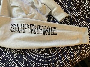 $1249 Authentic SUPREME Made in CANADA Mens Light Gray Hoodie Sz.XL FREE S&H