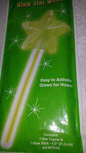 Glow Dark Light Up Accessories Stick Jewelry Wand Green Fun Safety Lots of 2 NIP