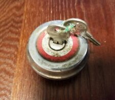 Vintage Briggs & Stratton A859 Not Vented Gas Cap w/ Keys, Used