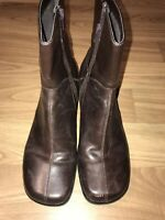 CLARKS Boots Comfort Leather Zip Ankle Booties Shoes womens 8.5 M Brown