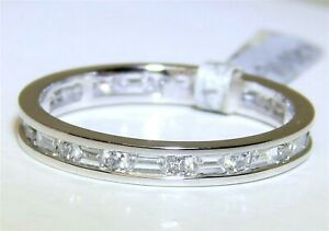 18ct GOLD DIAMOND RING 0.6CT FULL ETERNITY  18 CARAT WHITE GOLD ALL ROUND BAND