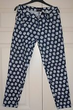 New Sz 10 31 leg Mid Navy Cotton light weight Jeans Trousers Daisy Print Gift