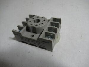 Dayton Electric 5X852F Relay Socket 300VAC 10A 8 Pin ! WOW !