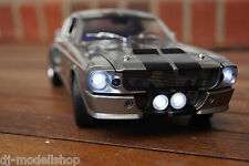 1967 FORD MUSTANG GT 500 SHELBY ELEANOR MIT LED-BELEUCHTUNG(XENON) 1:18