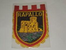 "STEMMA RICAMATO VINTAGE ANNI '70 ""RAPALLO"" CM.10X14,50 FDO MAGAZZINO SFONDO BLU"
