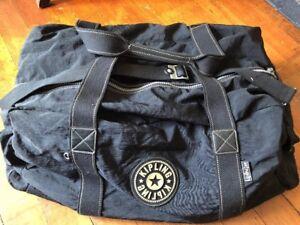 Kipling Black Large Quality Duffle Bag Large Zippers Capacity