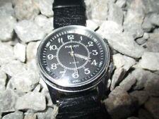 POLJOT USSR Vintage Armbandwecker Wecker Handaufzug 36 mm schwarz 80er Jahre