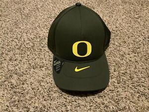 Nike Oregon Ducks 2020 LEGACY91 Strapback Cap 1Size Dark Green Yellow Shield Hat