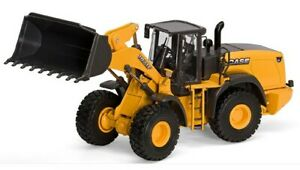 MOT13798 - CASE 1021F chargeuse sur pneus -  -