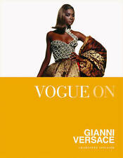 Vogue on Gianni Versace (Vogue on Designers) by Charlotte Sinclair
