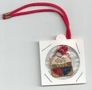 1978-1979 M.C.C  R.   enamel badge members badge NO 5604 Excellent condition
