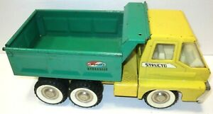 1960's Structo Green and Yellow Hydraulic Pressed Steel Dump Truck WORKS!