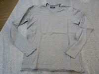 ZARA Man Basic hellgrauer stretchiger Pullover Gr. L