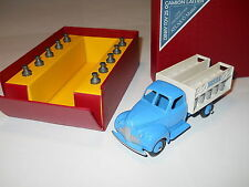 RARE DINKY TOYS STUDEBAKER MILK TRUCK MINT IN BOX