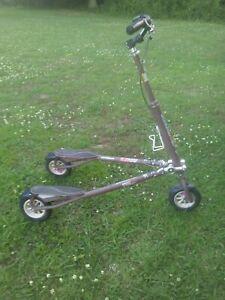 Trikke T8 Air 3 Wheel Carving Trike 3 wheel Scooter Foldable ~ NICE