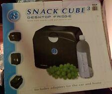 Snack Cube3 Portable Desktop/Auto Mini Cooler & Warmer by Northern Zone