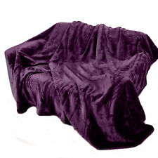 LUXURIOUS AND SOFT FAUX FUR THROWS IN VARIOUS COLOURS AND SIZES.