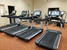 Life Fitness 95T Discover SE Treadmill - Refurbished