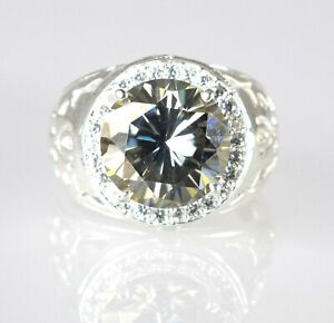 Beautiful Design 6.36 Ct Green Diamond Solitaire Men's Ring With Accents
