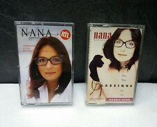 Deux cassettes de Nana Mouskouri .