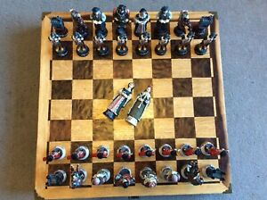 Large Hand Painted Tudor Chess Set & Handmade Chess board Box. Extra Queens. NEW