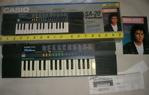 Vintage Casio SA-20 Synthesizer Electronic Keyboard & Michael Jackson Book