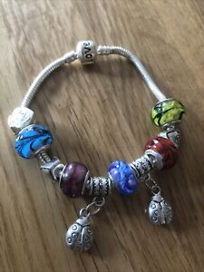 LOVELY SILVER TONE MULTI COLOURED LADYBIRD CHARM DANGLE BEAD BRACELET