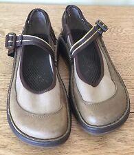 Chaco Women's Mary Janes Gunnison Loyalist Vibram Sole Adjustable Strap Size 7.5