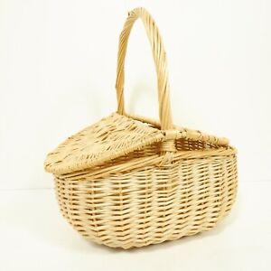 30x24cm Small Wicker Oval Basket Hamper Handle Light Brown Gardening Gift D17