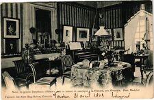 """CPA  Salon du pointre Dauphinois """"Hébert"""" dans sa maison de campagne... (241837)"""