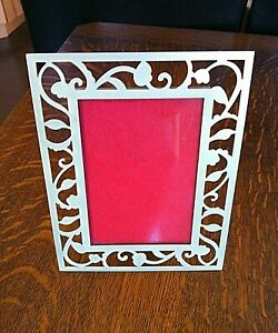 """Picture Frame Photo Gold Metal Floral Freestanding Size 3.1/2'' x 5"""" Rectangle"""