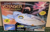 Star Trek Voyager Starship USS Voyager NCC 74656  Playmates 1995 Ship NEW In Box