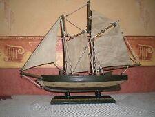 Schiffsmodell Segelschiff Segelboot Zweimaster aus Holz Schiff Modell 40 x 33cm