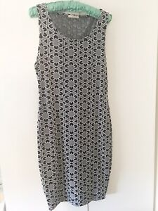 Metalicus - Grey and Navy stretchy dress size M/L