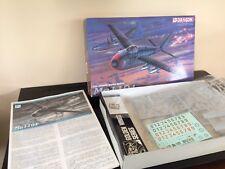 Ancienne boite neuve maquette avion Dragon 1/72 Me1101 golden wings