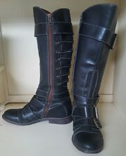 LUCKY BRAND Rare Bk Leather BUCKLE MOTO COS PLAY BOOTS. Size 8 Narrow Full Zip