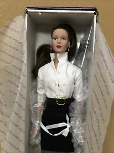 Vintage Tonner porcelain doll NIB Wentworth Collection new in box smoke pet free