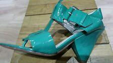 stunning ladies Saks Fifth Avenue green sandals 4