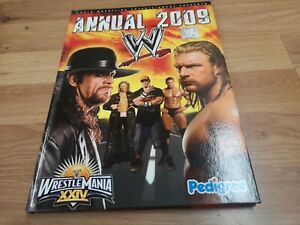 🌟WWE 2009 Annual Wrestling magazine Undertaker, Cena, Orton, Wrestlemania🌟