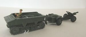 Dinky Toys Military Light Dragon Tractor, Ammunition Trailer and 18 Pounder Gun1