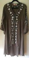 Mo Huan Yi Chu Size Medium Dress Festival Embroidery Hi Low flare sleeve gray